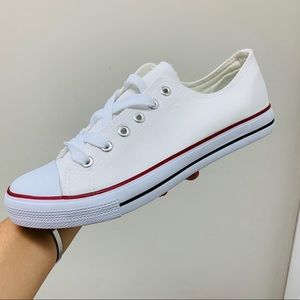 Shoes - White canvas sneaker